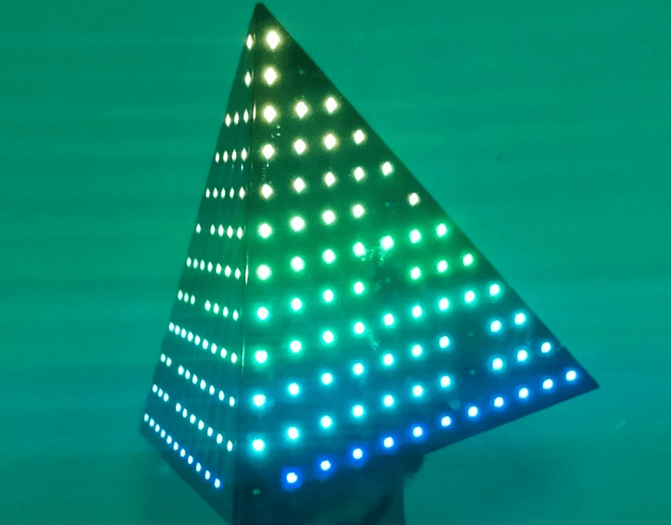 LED Helmet - Electrogeek