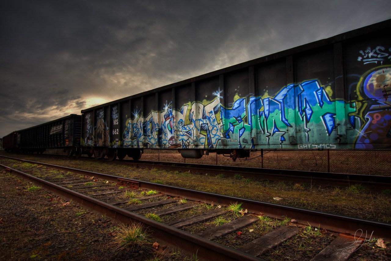 2009-01-24-rail_cars_HDR