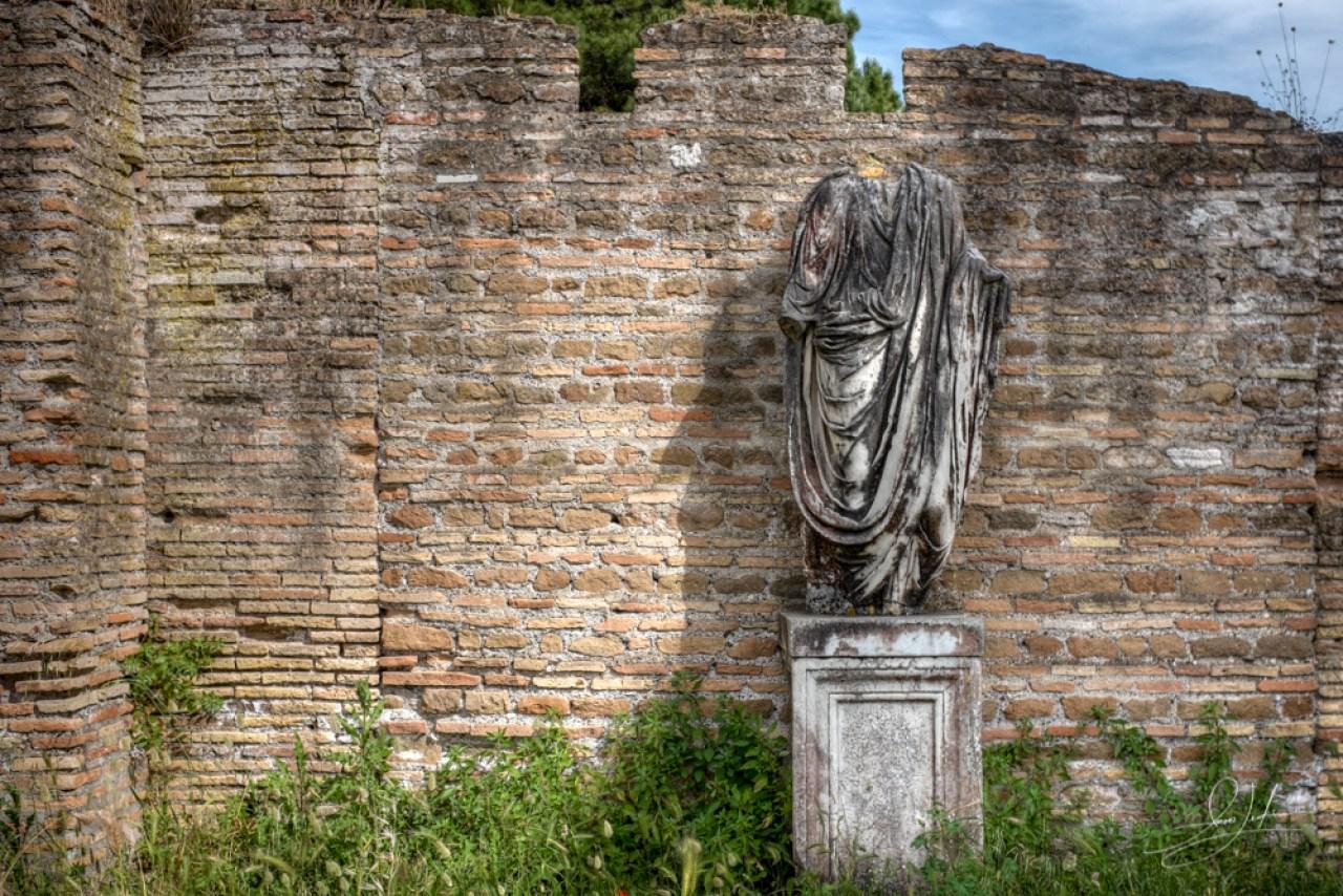 Ostia-Antica-Status
