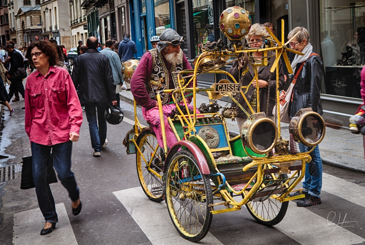 Curious-Bike