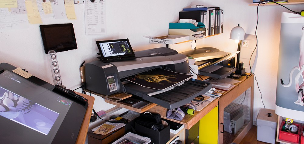 In busy times I run all three printers, above the Designjet 90 (s)