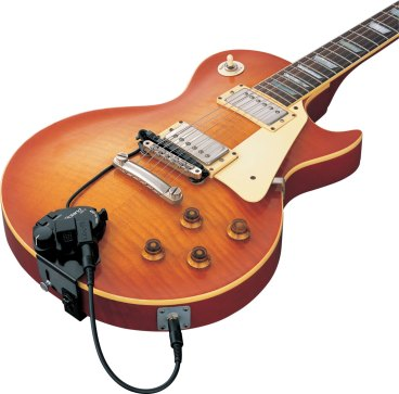 Roland GK 3 sebagai MIDI kit yang ditanam pada gitar elektrik biasa