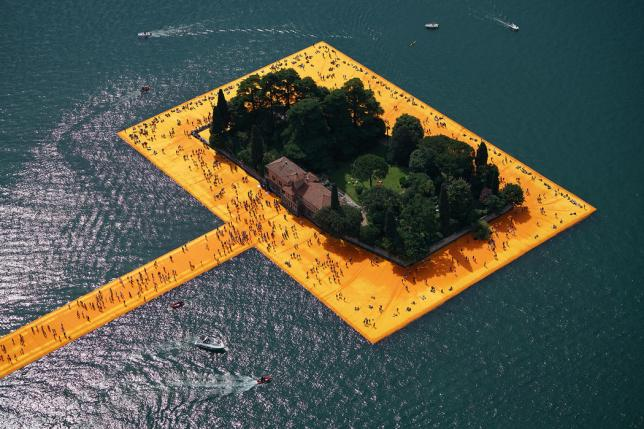 installation art exterieur christo