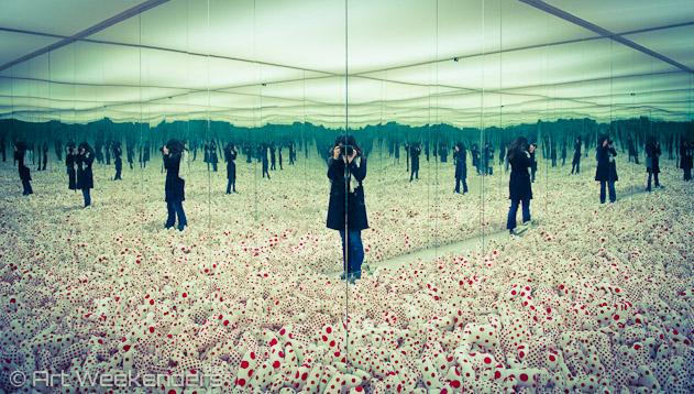 The-Netherlands-Rotterdam-Boijmans-Van-Beuningen-Mirrored-Infinity-Room-Yayoi-Kusama-ArtWeekenders-Lydian-Brunsting