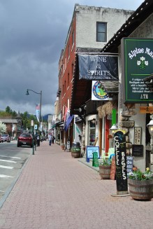 The best thing to do in Lake Placid - Shopping