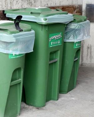 compost program Winnipeg bins