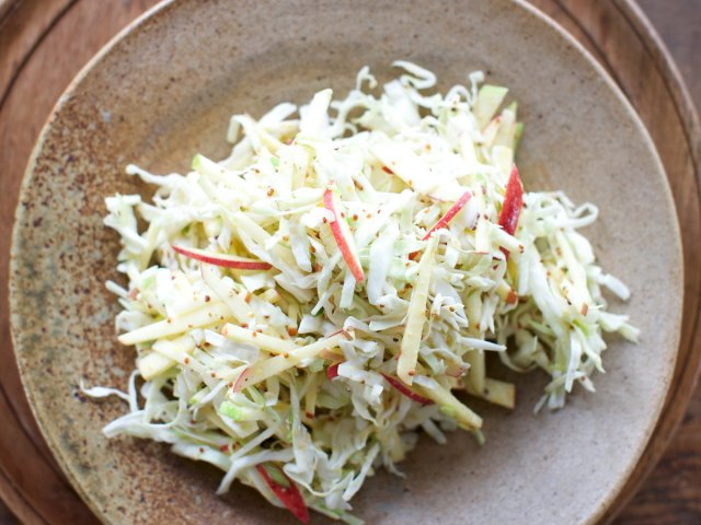 2014-r-xl-mustardy-cabbage-and-apple-slaw