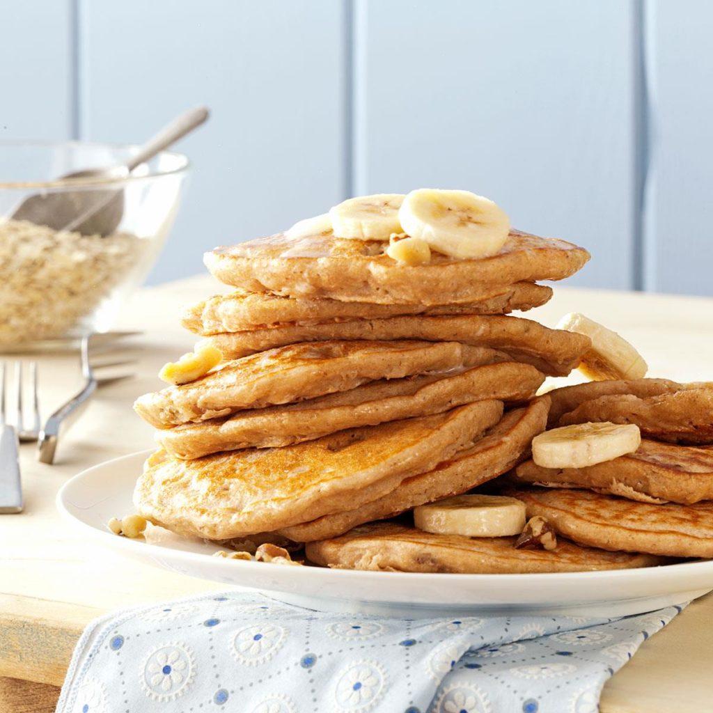 Banana-Oatmeal-Pancakes_exps160876_THHC2377564D07_10_3bC_RMS-1024x1024