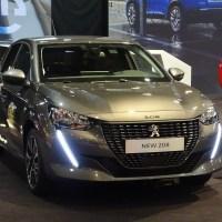 Peugeot 208 couronnée voiture de l'année 2020