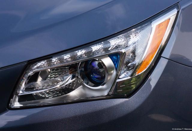 2015 Buick LaCrosse headlight