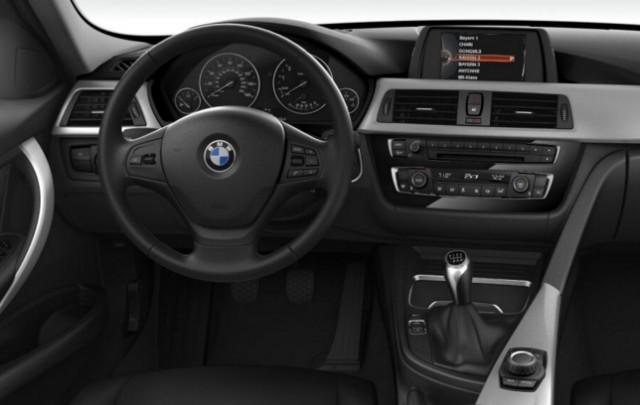 2016 BMW 320i interior