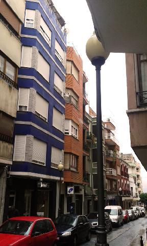 Piso en Villena, zona centro...descuentazo 69 %!!!