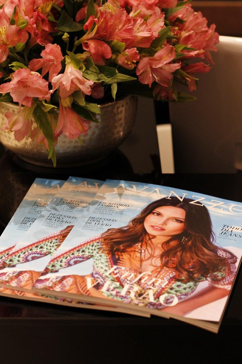 """Revista Avanzzo """"Enfim Verão"""""""