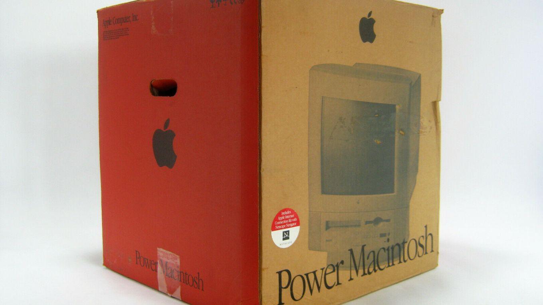 Power Macintosh 5260 in box