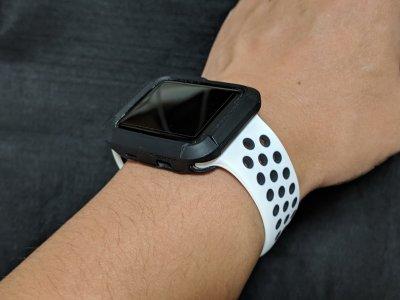 Apple Watchに安いスポーツバンドを付けてみた