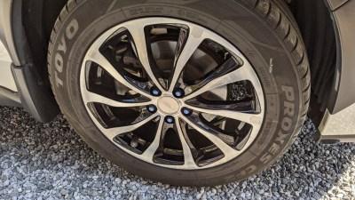 XVハイブリッド夏タイヤ履き替え。4シーズン走ったスタッドレスタイヤTOYO GARIT GIZの減り具合について。
