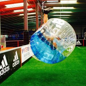 Bubble foot Paris team building insolite