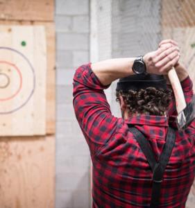 Lancer de hache - Activité insolite à Budapest