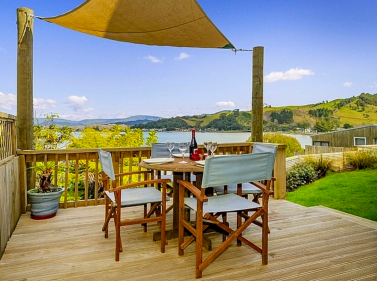 By The Sea @ 201 - Whitianga Holiday Home