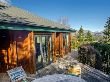 Alpine on Oregon - Hanmer Springs Holiday Home