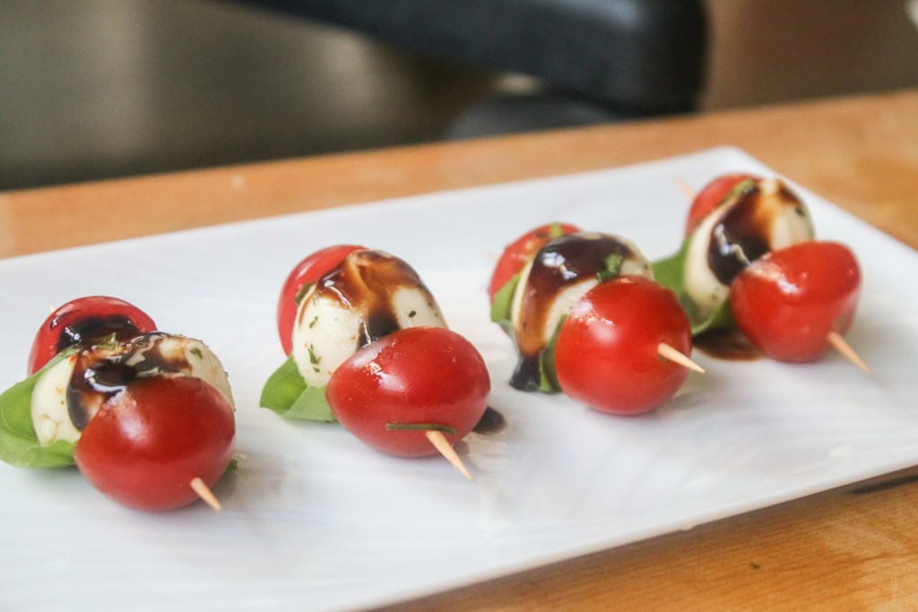 CapreseSkewers cherry tomato basil balsamic fresh easy appetizer party mozzarella cheese