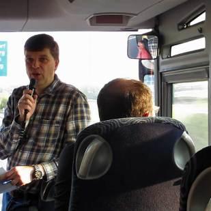 Michael Troost von den EinsBahnern Bayern informierte über das Tagesprogramm.