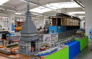 Tram di Torino aus Lego-Steinen
