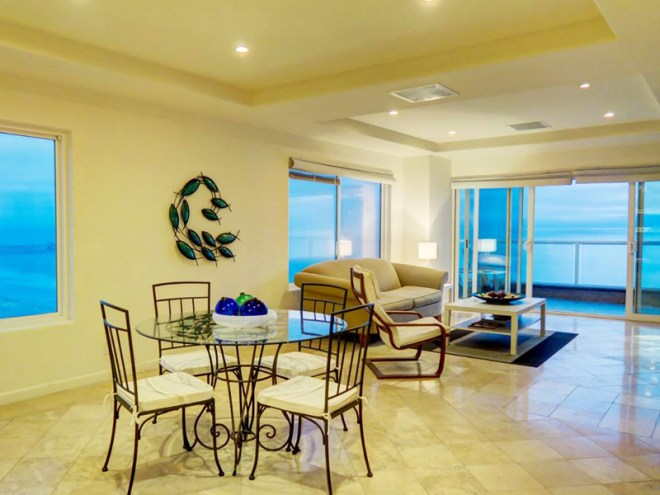 Oceanfront Condo For Sale in Riviera de Rosarito, Playas de Rosarito
