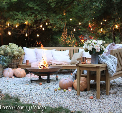 3 ways to style outdoor furniture for