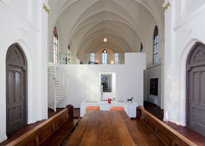 Residence_Church_Zecc_architects_Utrecht_renovation_eglise_changement_destination