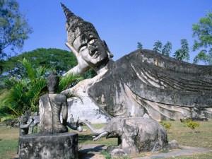 Discover the World through Photos: Laos