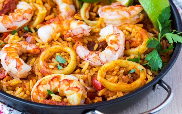 Food worth travellin for Paella in Valencia, Spain