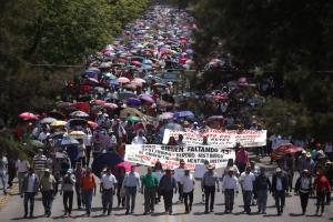 Mexico Roadblocks: Protesters Cut Access to Oaxaca and Chiapas