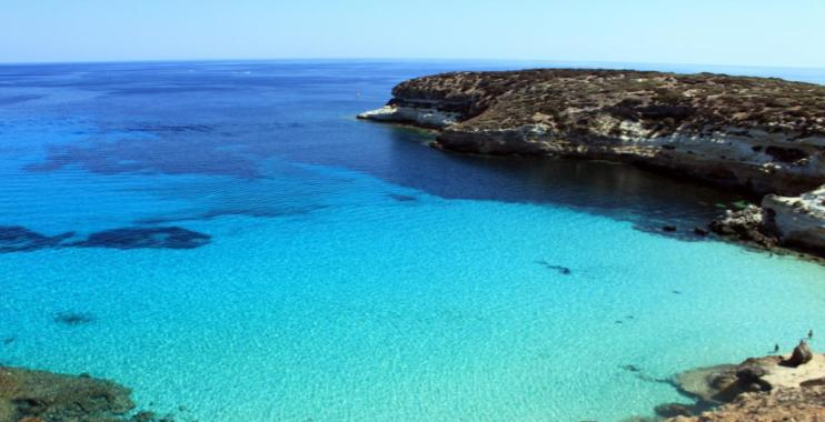 The crystal clear waters of Isola dei Conigili, an underrated beach in Europe