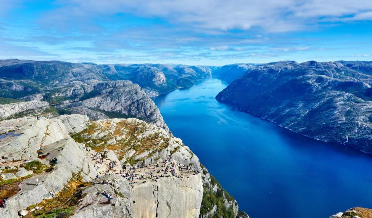 The stunning landscape of Norway- Happiest Places in the World