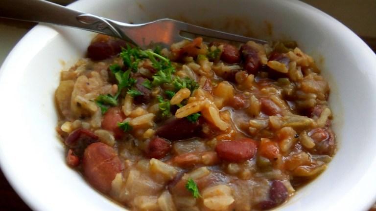 Vegetarian bean and rice dish