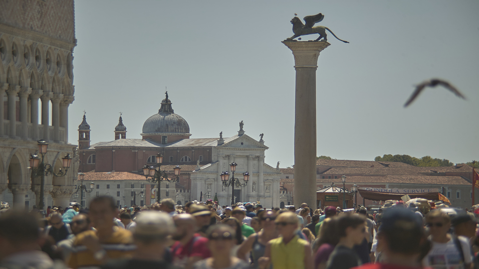 Busy Venice plaza