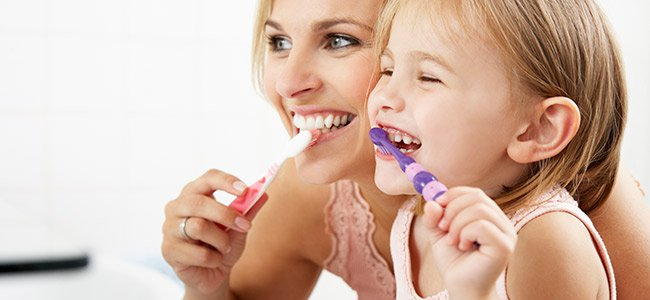 lavar-dientes-bebe-nino