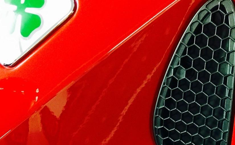 Alfa Romeo und Quadrifoglio verde