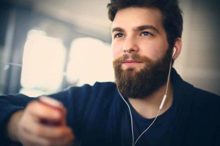 A Barba lenhador é uma forte escolha entre as tendências para barba 2018