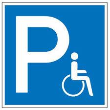 Rollstuhlparkplatz