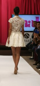 Back. Top and lace skirt in lace. Collection Vintage by Jordi Dalmau