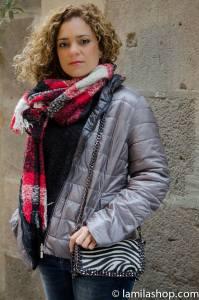 Gray Light Feather Coat and Red, White Scarf and Zebra Bag| Abrigo de Plumas Ligero en Gris, Bufanda Blanca y Rojo y Bolso de Zebra ∞ Fall-Winter 2015-16 | Otoño-Invierno 2015-16