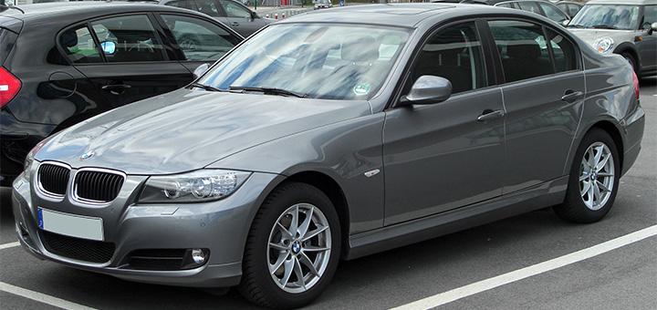BMW usado: antes de comprar, leve em consideração estas 5 perguntas. Revisão BMW em Florianópolis - Bem Auto Oficina Mecânica especializada no Kobrasol, São José, SC. Palhoça e Biguaçu. Na foto, um BMW 320i