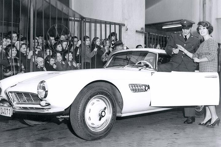 O BMW de Elvis Presley: um 507 Roadster com motor v8 3.2 litros. Chassis #70079. Bem Auto oficina mecânica especializada no Kobrasol, São José, Florianópolis, Biguaçu, Palhoça.