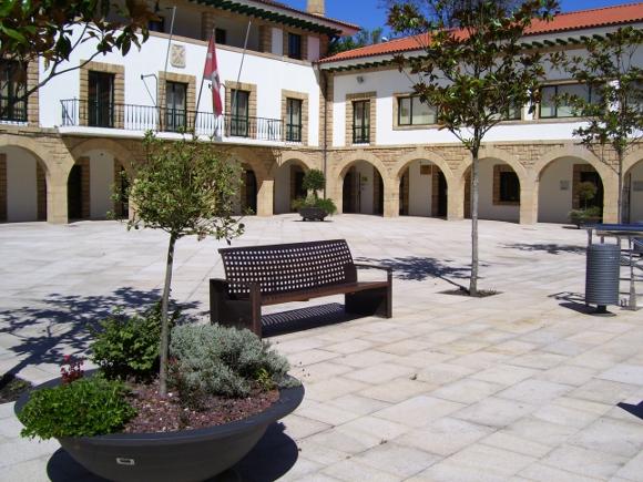 Mobiliario Urbano BENITO URBAN en Igorre, País Vasco