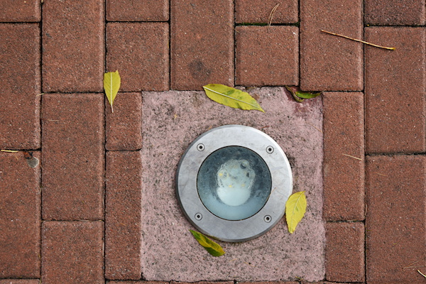 How to choose the right outdoor lighting fixtures