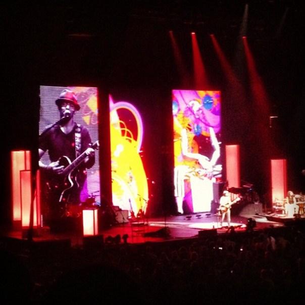 Omg! Super #inspirational stage @Jadon_Mraz! #artistic #concert #vancouver - from Instagram