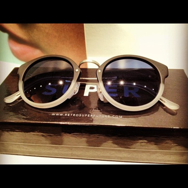 Return of the #LeslieCheung's #sunglass #style #fashion #gastown #shophop - from Instagram