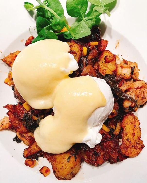 #Lobster Hash @prestonsvancouver ..#brunch #vancouver #hash #poachedeggs #lobster #potato - from Instagram